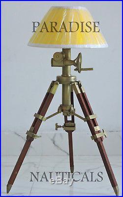 Classic Restoration Hardware Side / End / Table Lamp Vintage Wooden Furniture