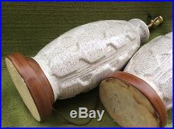 Pair Vintage MID Century Modern Speckled White Glazed Ceramic Pottery Lamps