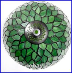 Tiffany Style Table Lamp Light Green Wisteria Stained Glass Lampshade 18 In. New