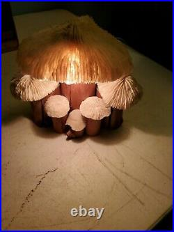 VINTAGE 1970-80's PORTABLE CORAL & WOOD MUSHROOM LAMP 7 LONG 6 MUSHROOMS