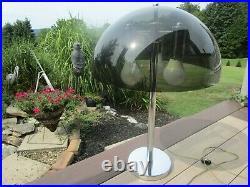VINTAGE 70's 3 LIGHT CHROME SMOKE MUSHROOM ACRYLIC SHADE TABLE LAMP LIGHT 24