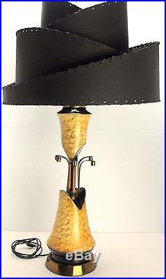 VTG Mid Century Atomic Era Lamp with OOAK Tiered Parchment Fiberglass Shade RARE
