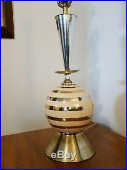 VTG Mid Century Modern Cermic, metal Atomic Table Lamp Fiberglass Shade Eames