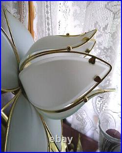Vintage 3-Light White Lotus Flower Lamp Very Nice