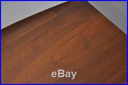 Vintage Bassett Mid Century Modern Walnut Lamp Side End Table Curved Edge