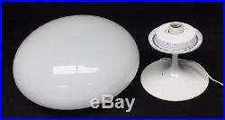 Vintage Bill Curry Stemlite Design Line White Mushroom Table Lamp Mid-Century
