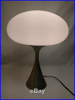 Vintage MCM Mid-century Laurel Mushroom Lamp with Frosted Globe Metallic Base