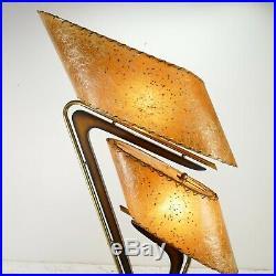 Vintage Mid Century Modern Majestic Boomerang Z Lamp Fiberglass Shades Stars