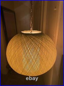 Vintage Mid Century Modern Spun Globe Hanging Swag Lamp Lucite Green W Diffuser