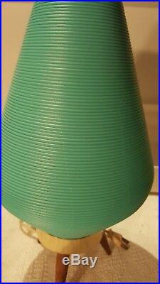 Vintage Tripod Beehive Lamp Tapered Wood Legs MID Century Turquoise Plastic