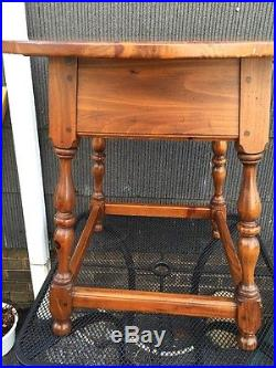 Vtg Ethan Allen Round Lamp End Table 19-8306 made in USA