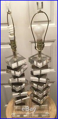Wow Vintage Pair Of Clear & Black Lucite Modern Table Lamps Skyscraper Style